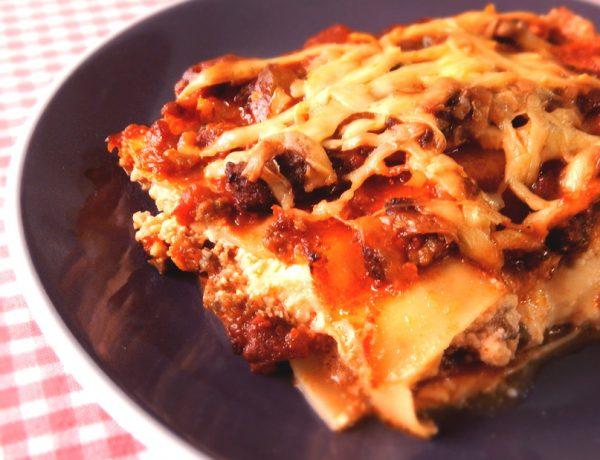lasaña lasagna ricotta bolognesa