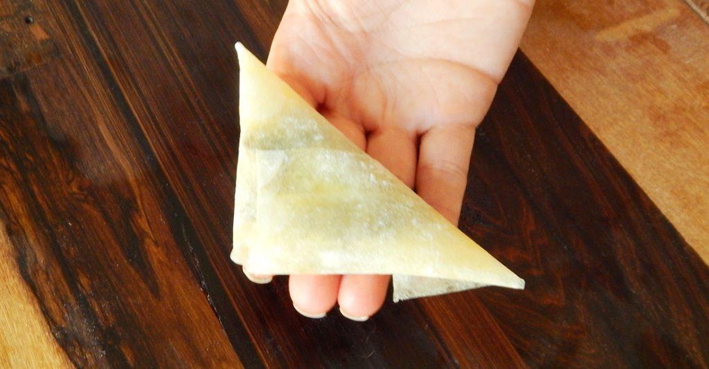 masa filo triangulos hongos