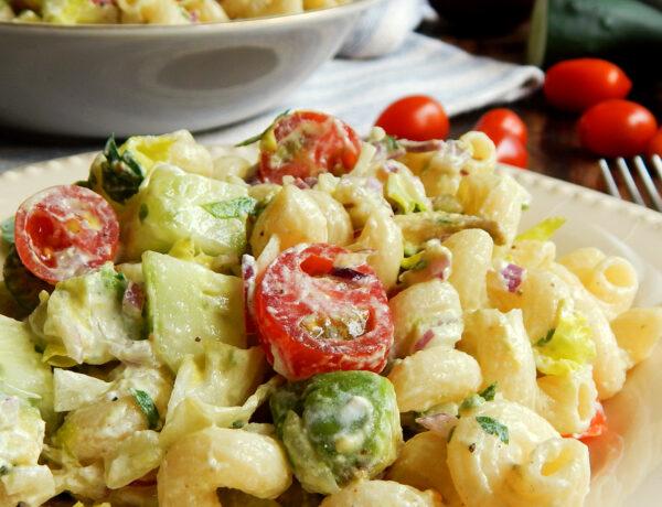 ensalada de fideos pasta salad palta tomate