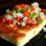 queso halloumi grillado salsa criolla