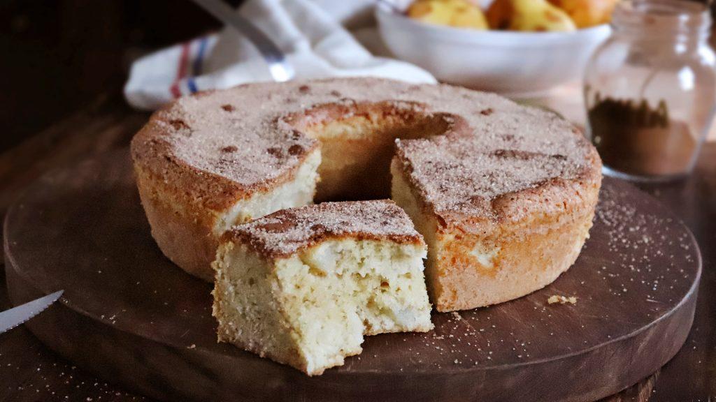 torta de pera bizcochuelo facil peras
