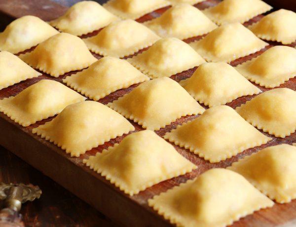 ravioles caseros jamon queso pasta rellena