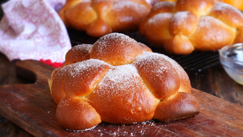pan de muerto mexico halloween bread