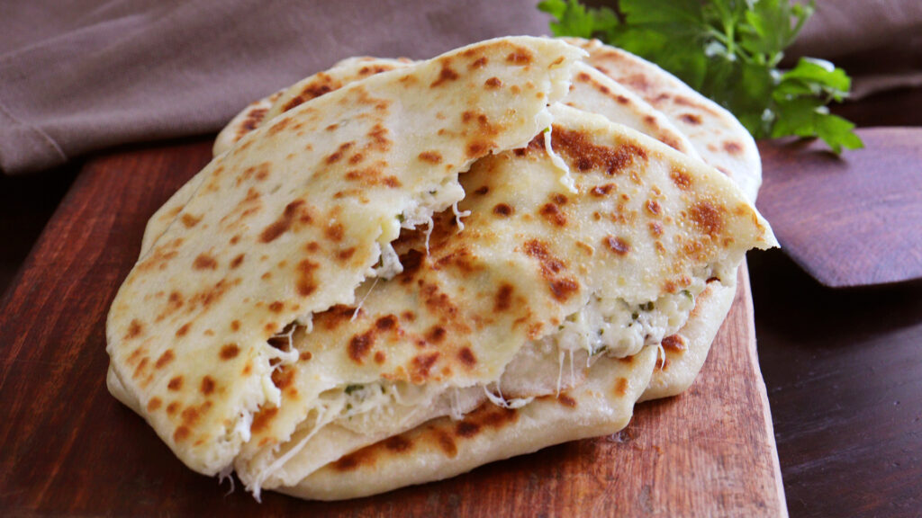 khachapuri relleno queso pan relleno